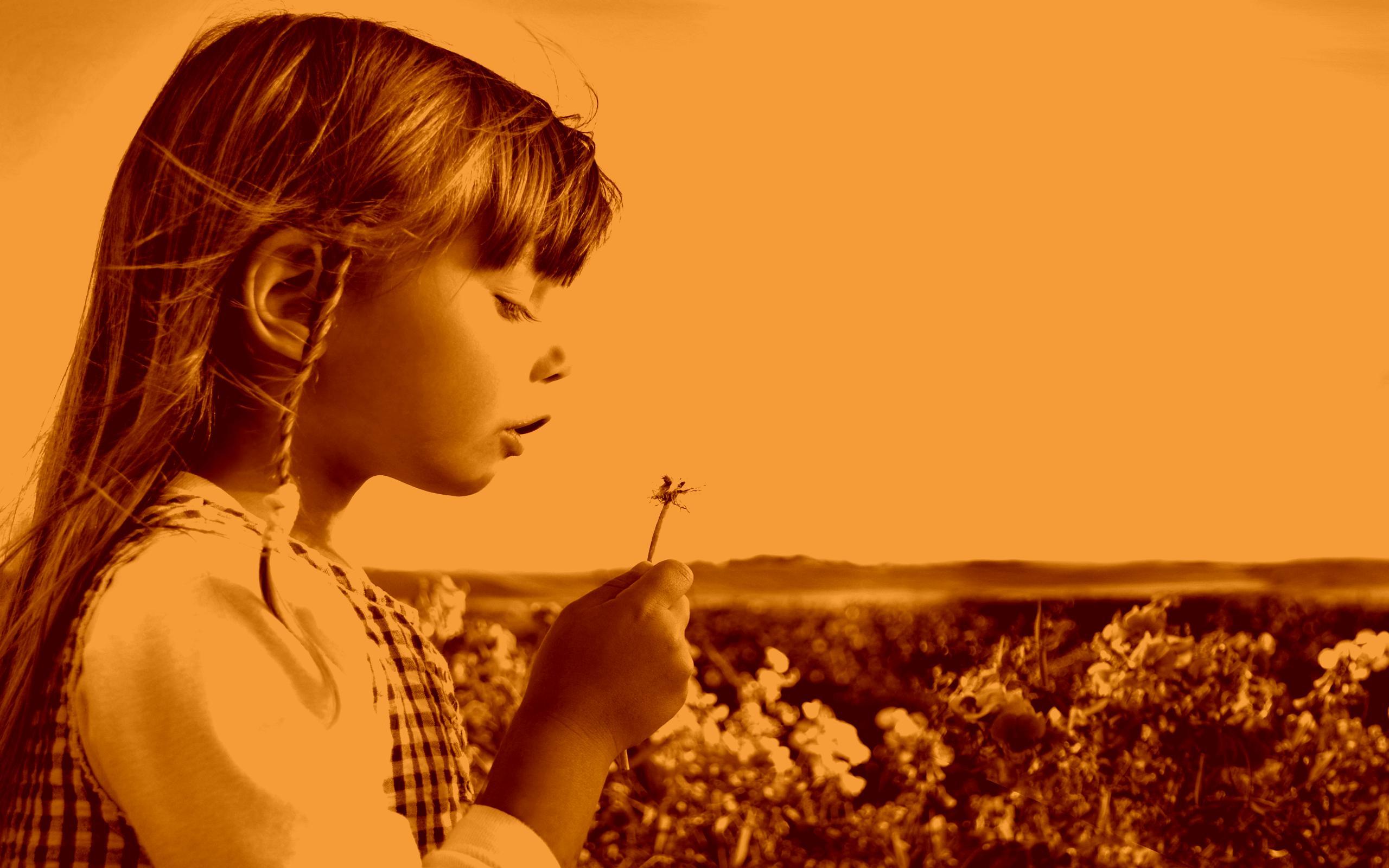 vintage-sepia_little_girl_field_grass_flowers_clouds_hd-wallpaper-52539